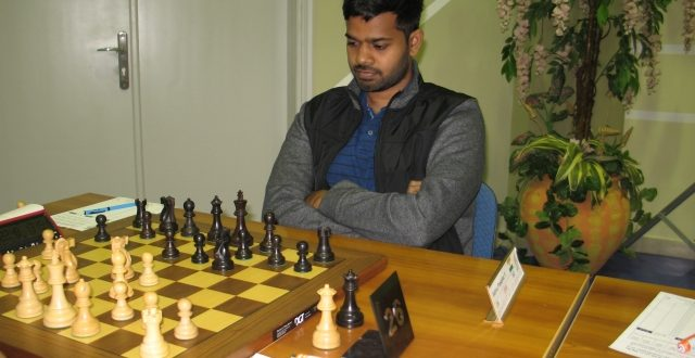 Indian GMs Lead Dubai Open